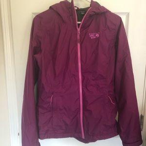 Mountain Hardware nylon rain jacket medium